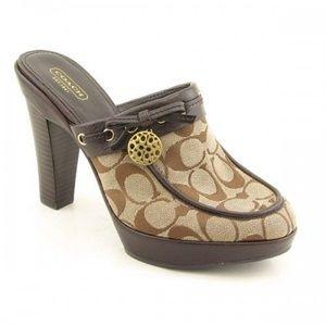 🔥Coach Jodey sig clog mules in brown C🔥